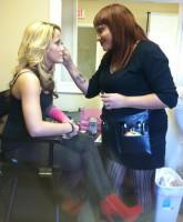 Monique Soto applies makeup to Teen Mom 2 star Jenelle Evans