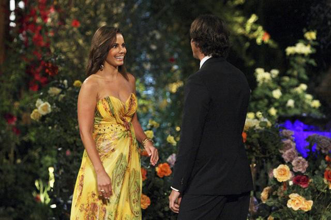 The Bachelor Ben Flajnik meets Nicki Sterling in the Season 16 premiere