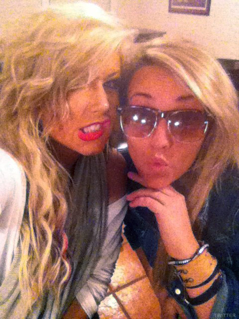 PHOTOS Teen Mom Chelsea Houska and Jamie Lynn Spears hanging out in ...