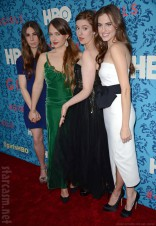 HBO Girls Premiere cast picture