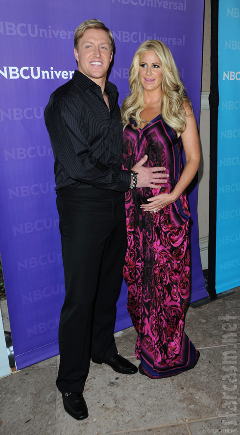 Pregnant Kim Zolciak with husband Kroy Biermann April 2012