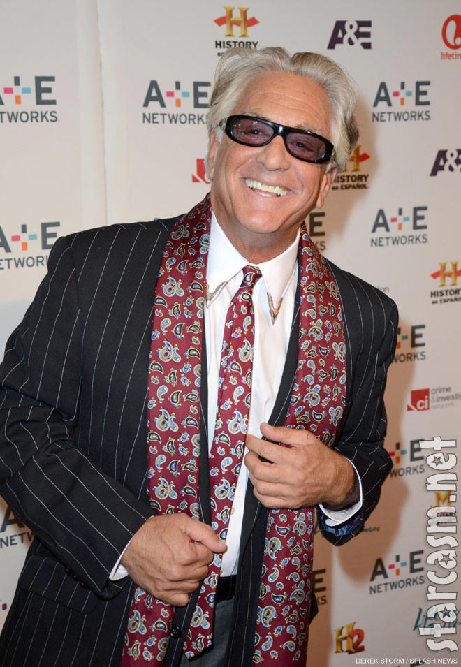 photos cast of storage wars at a e 2012 upfront in new york city. Black Bedroom Furniture Sets. Home Design Ideas