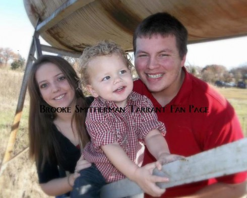 16 and Pregnant Brooke Smitherman-Tarrant with son Brody and husband Cody