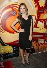 Caitlin O'Connor at the Wines By Wives launch event May 8 2012