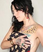 Danielle_Colby_Cushman_topless_tn
