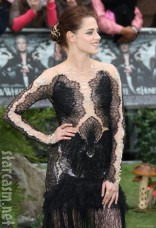 Kristen Stewart Snow White and the Huntsman World Premiere arrivals