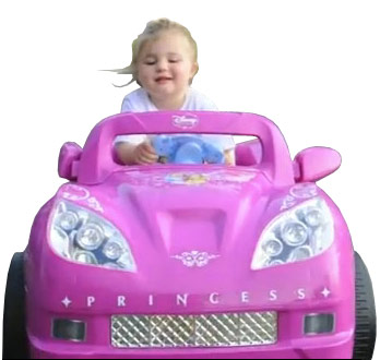 Teen Mom Amber Portwood's daughter Leah in a pink princess car