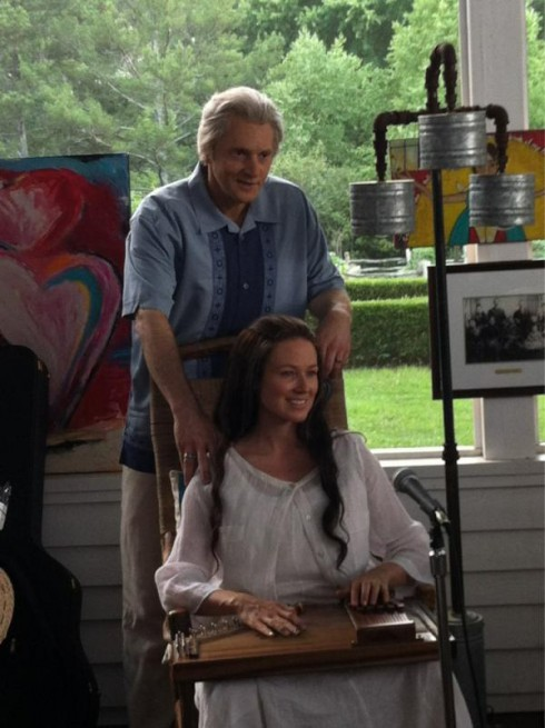Photo of Johnny Cash and June Carter Cash played by Matt Ross and Jewel in Ring of Fire movie