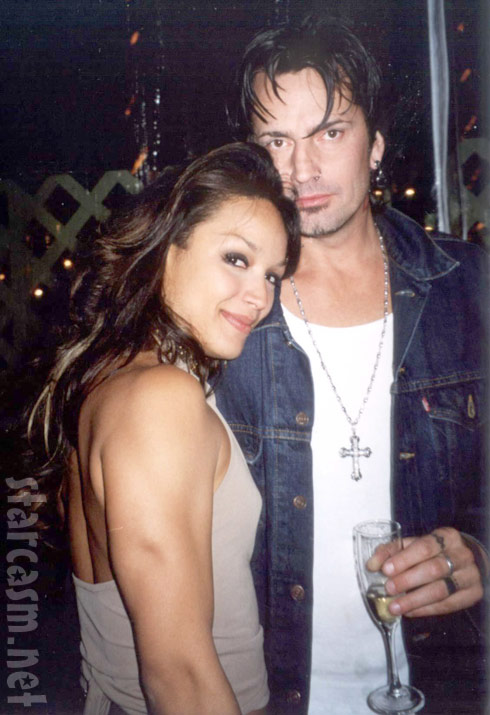 Mayte Garcia and Tommy Lee of Motley Crue in 2001