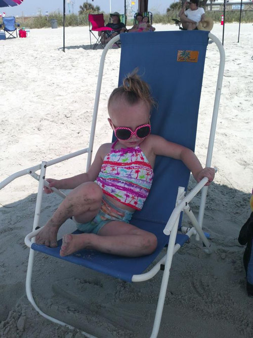 Leah Messer's daughter Aleeah Grace at the beach