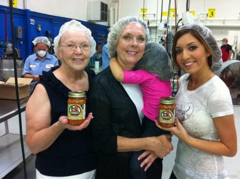 Farrah Abraham with her mother, grandmother and daughter at Mom & Me sauce launch