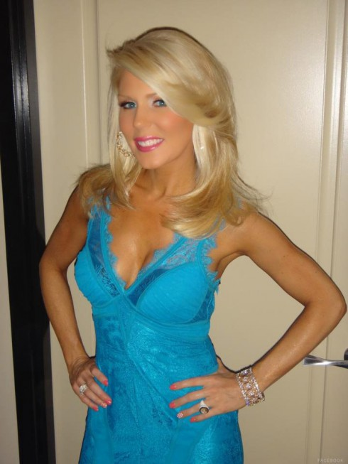 Gretchen Rossi got a haircut, shows off her new shorter hairstyle July 6 2012