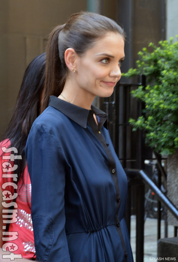 PHOTOS Katie Holmes out in NYC without her wedding ring ... Katie Holmes Divorce