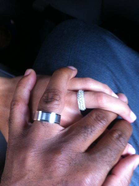 Photo of Tiki Barber Traci and wife Lynn Johnson's wedding rings