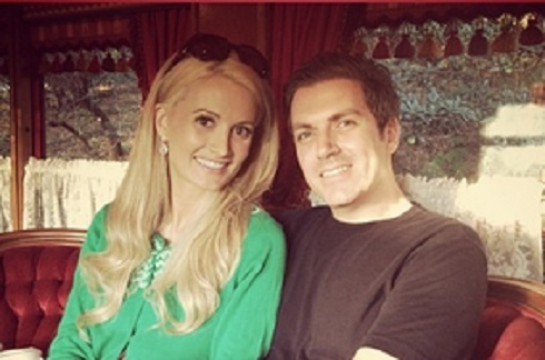 Pregnant Holly Madison and boyfriend baby daddy Pasquale Rotella