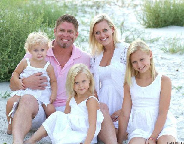 Alisha of Cheer Perfection wit husband Rd and daughters Cassadee, Cambree and Chanlee.