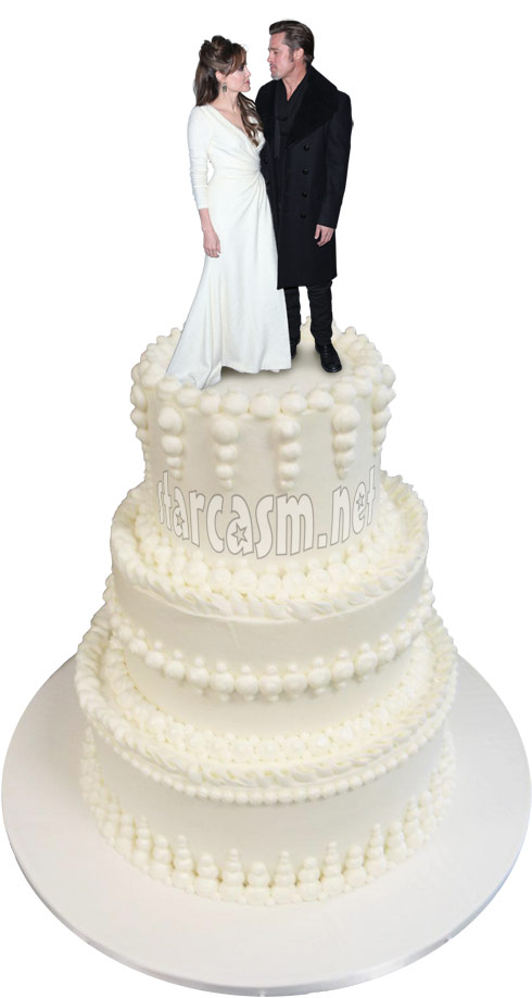 Angelina Jolie and Brad Pitt wedding cake topper Brangelina