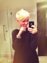 Miley Cyrus new really short haircut