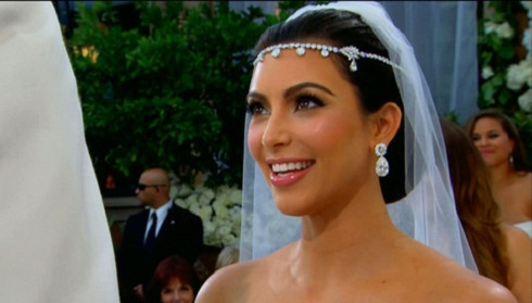 Kim Kardashian's 'Keeping Up With The Kardashians' wedding photo