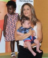 Jillian-Michaels-with-her-2-children