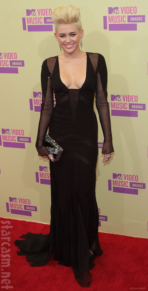Miley Cyrus red carpet picture from 2012 MTV Video Music Awards