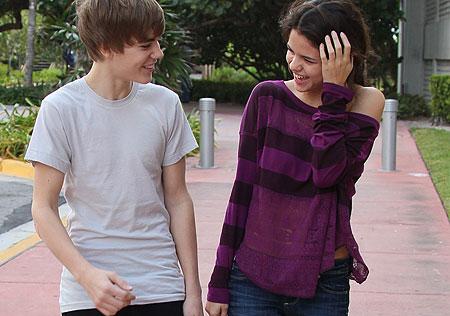 REPORT: Justin Bieber proposed to Selena Gomez, she said ...