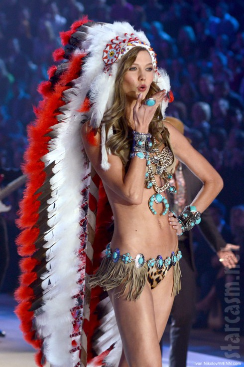 Karlie Kloss in a Native American headdress at the 2012 Victoria's Secret Fashion Show