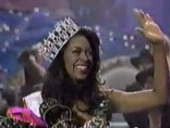 Miss Michigan Kenya Moore crowned Miss USA 1993