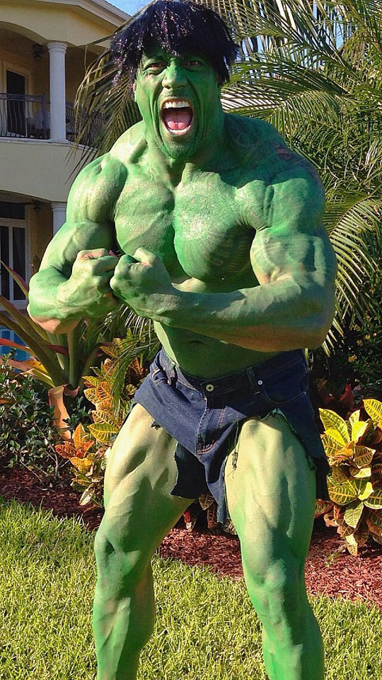 Dwayne Johnson blows minds as The Hulk for Halloween 2012