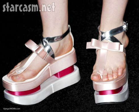 Elle Fanning Breaking Dawn shoes funky