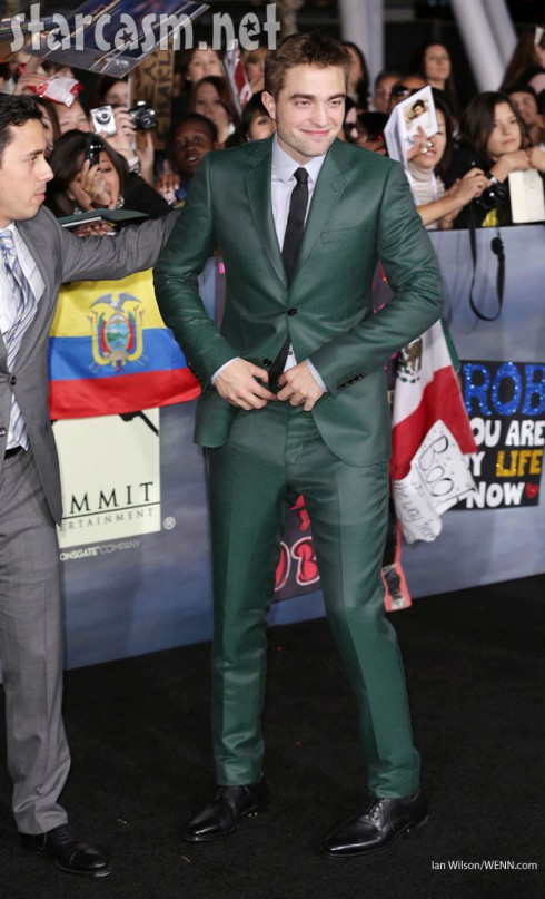 Robert Pattinson cute green suit Twilight Breaking Dawn part 2