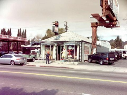 Off The Wall Antiques in West Hollywood featured on 'Storage Wars'