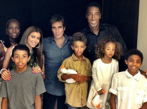 Scottie and Larsa Pippen with their family and David Copperfield
