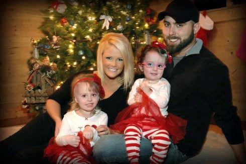 Teen Mom 2 Corey Simms fiance Miranda Patterson and daughters Ali and Aleeah Christmas photo