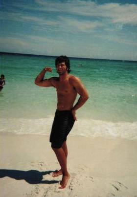 Exhibit C: Jep Robertson showing his (beardless) muscles on the beach