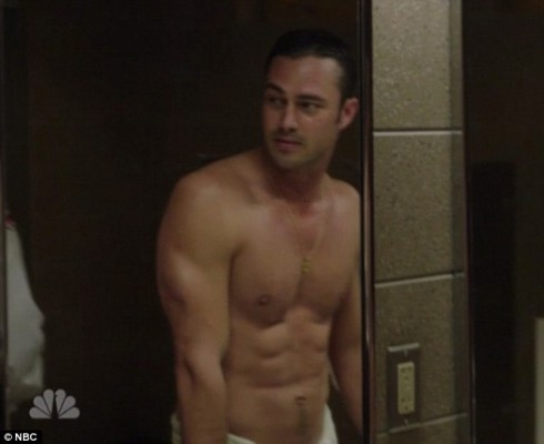 Taylor Kinney, Lady Gaga's boyfriend abs hot