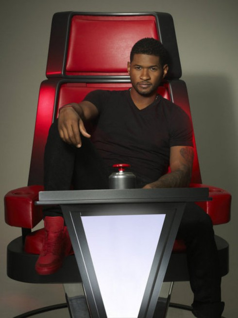 Usher in 'The Voice' season 4 promo photo