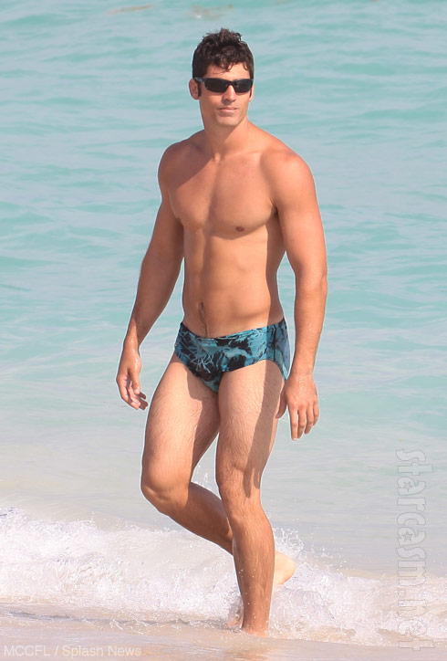 Venus Williams' boyfriend in Speedos