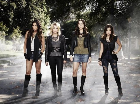Pretty Little Liars cast photo with SHAY MITCHELL, ASHLEY BENSON, TROIAN BELLISARIO, LUCY HALE