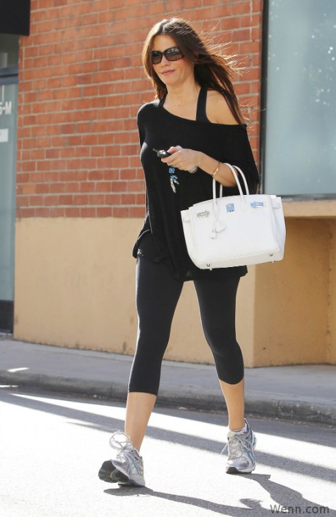 Sofia Vergaria leaving her gym