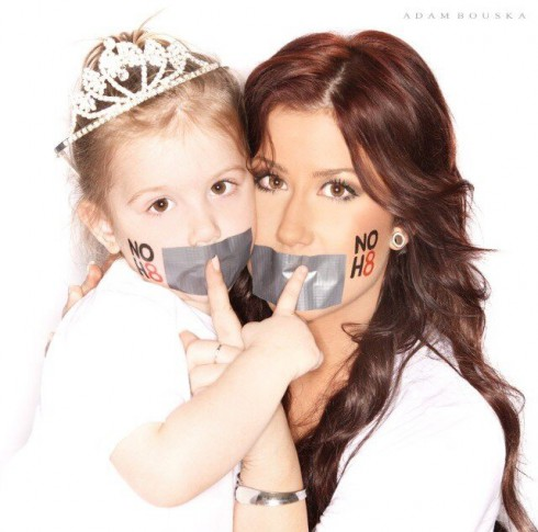 Chelsea Houska and daughter Aubree NoH8 No Hate photo