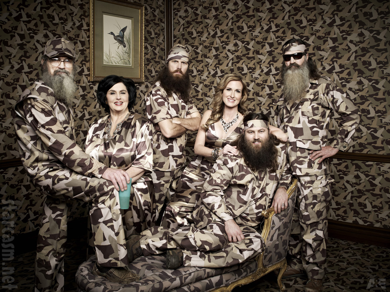 Duck Dynasty The Robertsons family portrait