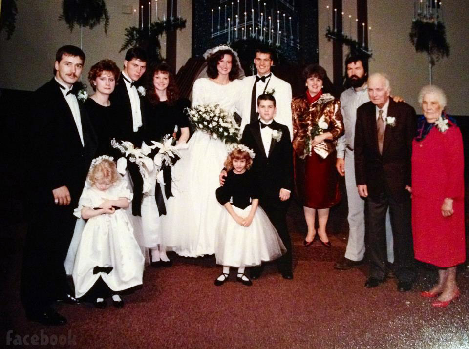 Korie and Willie Robertson wedding photo with the Robertson family