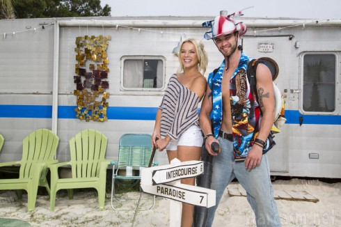 Chelsey and Jared from Welcome To Myrtle Manor on TLC