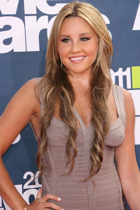 Amanda Bynes at the 2011 MTV Movie Awards - Arrival held at the Gibson Amphitheatre