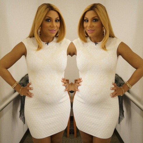 Tamar Braxton shows baby bump on Instagram