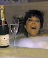 Kris_Jenner_I_Love_My_Friends_tn