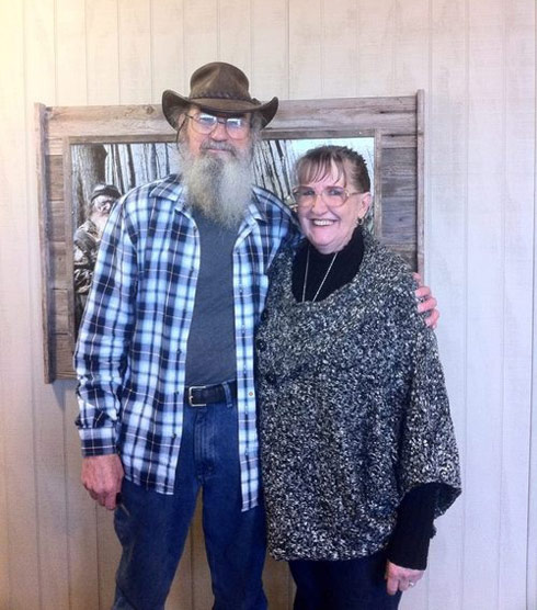 Uncle Si Robertson and his wife Christine Robertson photo