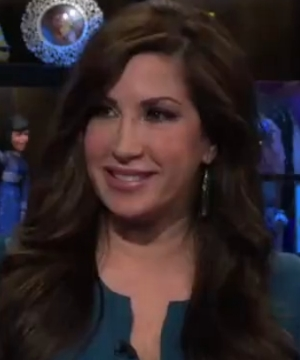 Jacqueline Laurita shows new neck after plastic surgery on Watch What Happens Live