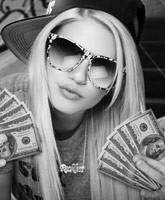 Chanel_West_Coast_I_Love_Money_tn